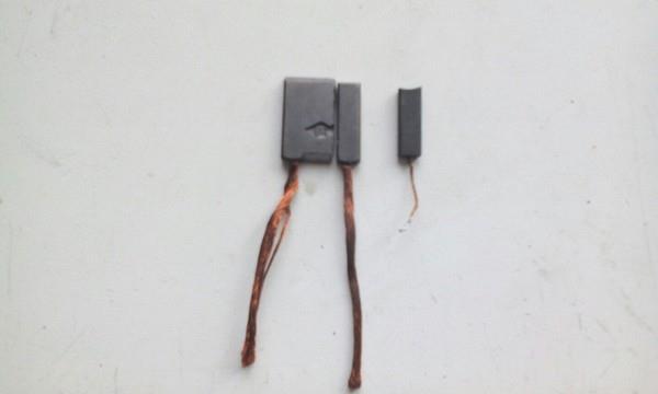 Ремонт щеточного узла генератора Нивы