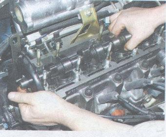 статья про замена маслосъемных колпачков на автомобиле ваз 2108, ваз 2109, ваз 21099
