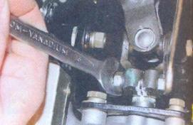 Снятие и установка карданного вала рулевого управления Лада Калина