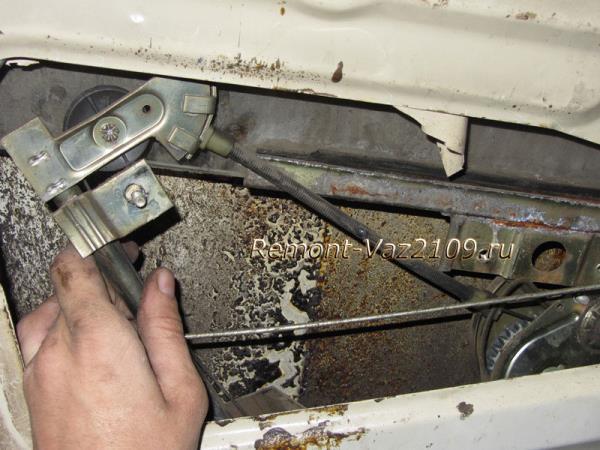 снятие механизма стеклоподъемника на ВАЗ 2109-21099-2108