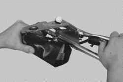 снятие установка и ремонт привода и двигателя стеклоочистителя (дворников) ВАЗ 2170 2171 2172 Приора