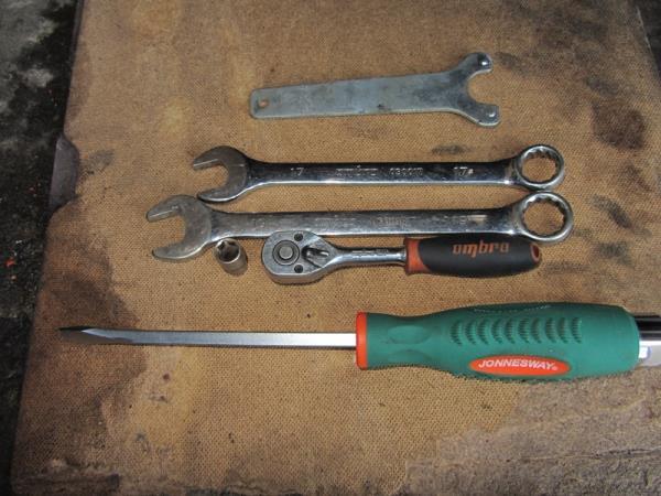 инструмент для замены ремня ГРМ на ВАЗ 2110-2111
