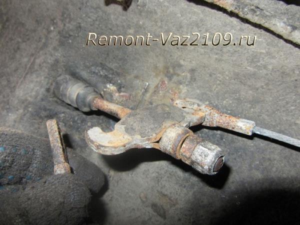 замена троса ручника на ВАЗ 2109-2108