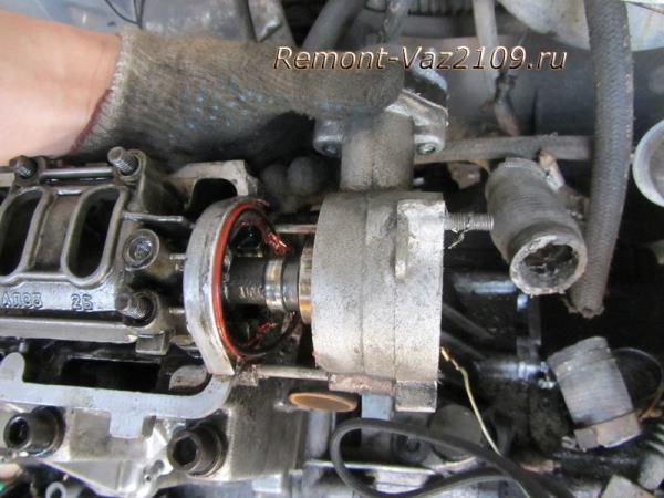 снятие корпуса трамблера на ВАЗ 2109-2108