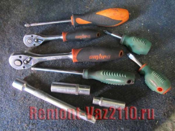 инструмент для замены радиатора печки на ВАЗ 2110-2112
