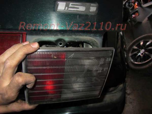 замена задних фонарей на ВАЗ 2110-2112