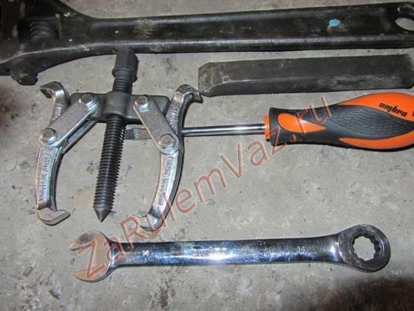 инструмент для замены сальника коленвала на ВАЗ 2107