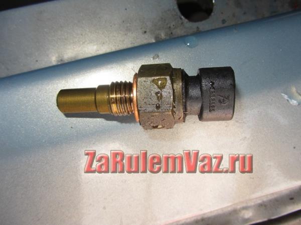датчик температуры охлаждающей жидкости на ВАЗ 2114-2115