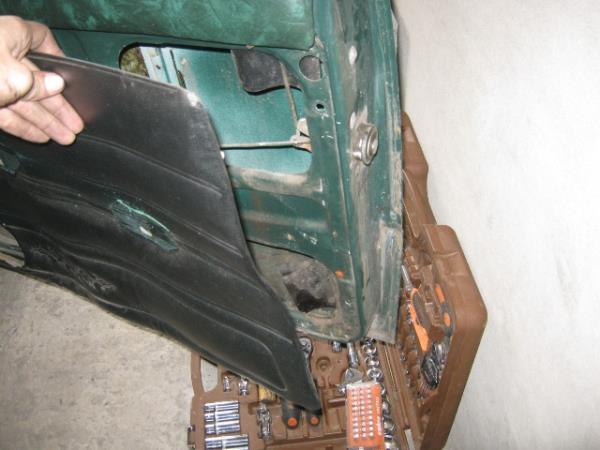 замена обшивок передних дверей на ВАЗ 2106-2107