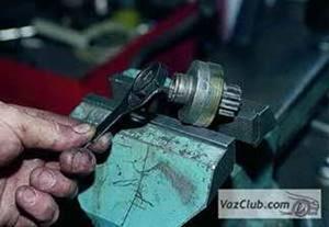 Разборка и сборка стартера инжекторного двигателя Нива