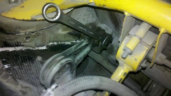 Замена подушек двигателя ВАЗ 2110, 2111, 2112