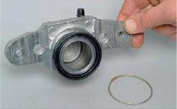 Стопорное кольцо буртика тормозного цилиндра Лада Гранта (ВАЗ 2190)
