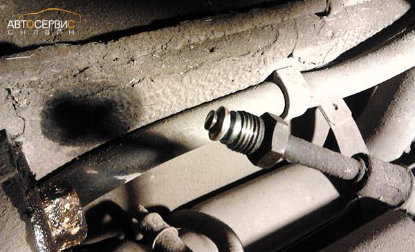 Проверка резиновых колец на трубках