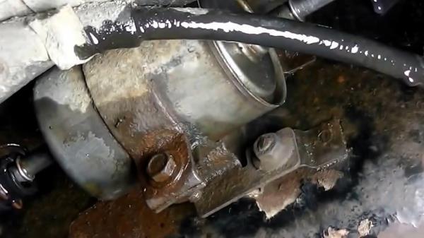 Как поменять топливный фильтр Лада Калина