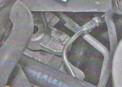 Левая опора двигателя Лада Ларгус (снятие, замена)