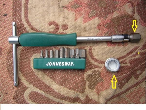 необходимый инструмент для замены масла в ВАЗ 2114 двигателе