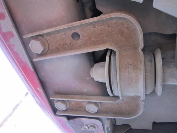 Размещение кронштейна растяжки рычага передней подвески Лада Гранта (ВАЗ 2190)