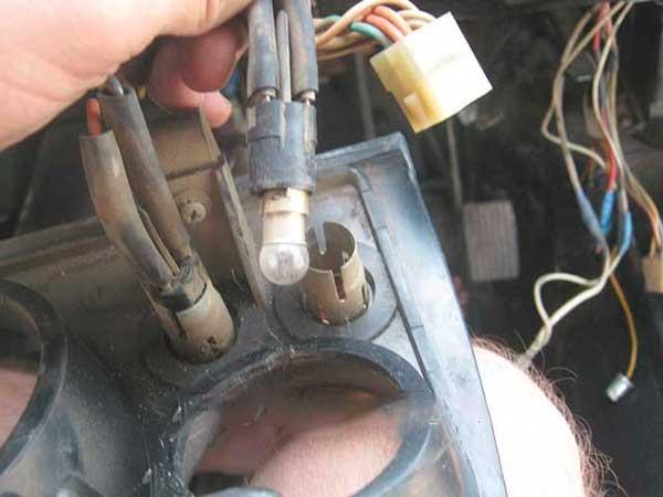 Замена ламп ВАЗ 2105