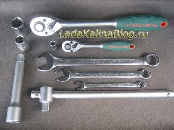 необходимые ключи для замены генератора на Ладе Калине