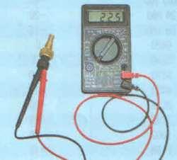 Операции проводимые при замене датчика указателя температуры охлаждающей жидкости на автомоибле ВАЗ 2170 2171 2172 Лада Приора