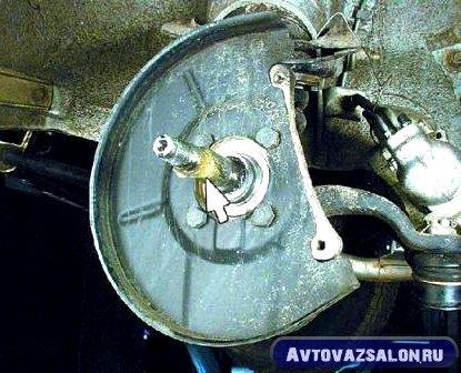 zamena-podshipnikov-stupicy-vaz-klassika_57