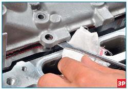Поддевание крышки головки блока цилиндров Lada Largus