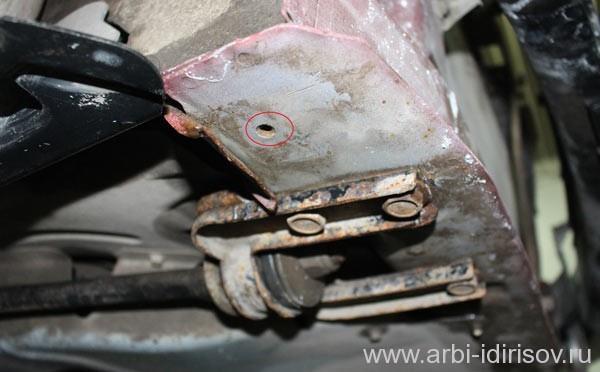 демонтаж переднего бампера калины