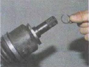 Zamena-salnika-korobki-perekljuchenija-peredach 11