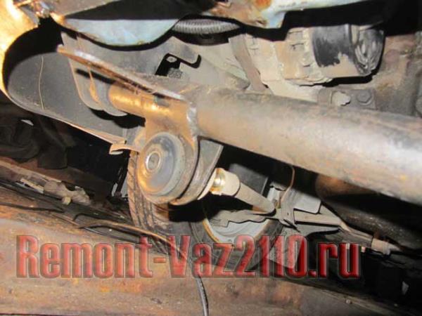 замена передней балки на ВАЗ 21102-2112