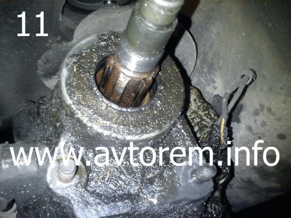Потекщий сальник вторичного вала ваз 2101-2107