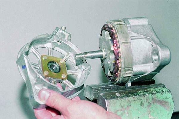 Как заменить подшипники на генераторе ваз 2115 - РусАвто такси