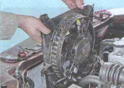 Операции по замене двигателя вентилятора охлаждения радиатора Лада Гранта