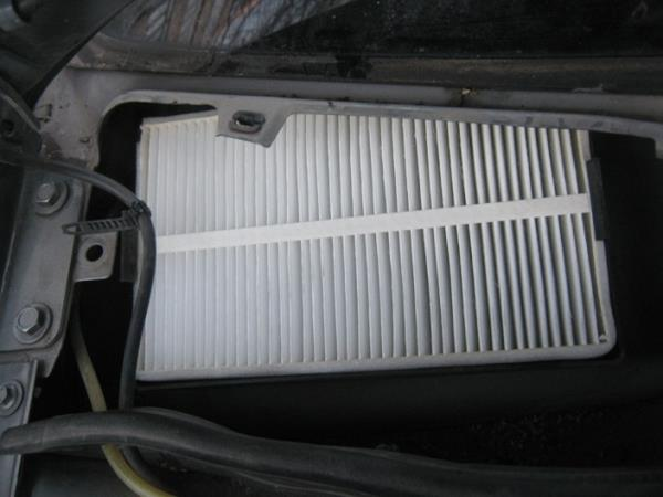 замена салонного фильтра на Ладе Калине