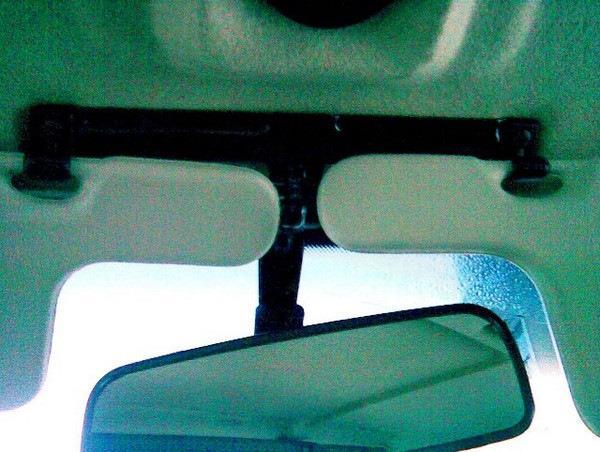 """Установил специальный ремонтный кронштейн для крепления салонного зеркала на ВАЗ 2108 (09-099): - бортжурнал Лада 21099 """"Опалова"""