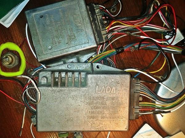 Карбюратор с электронным управлением и катализатором ВАЗ 2108