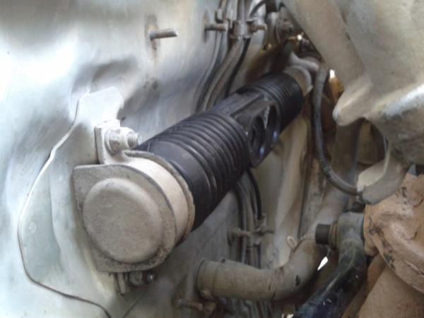 порвался пыльник рулевой рейки ваз 2114