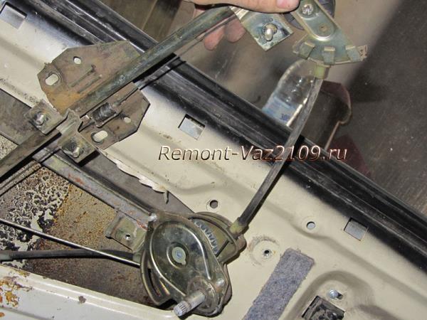 замена стеклоподъемника на ВАЗ 2109-2108