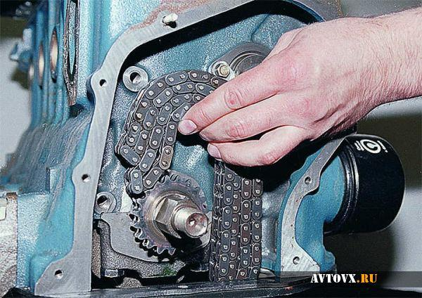 Установка натяжителя цепи ВАЗ 2106