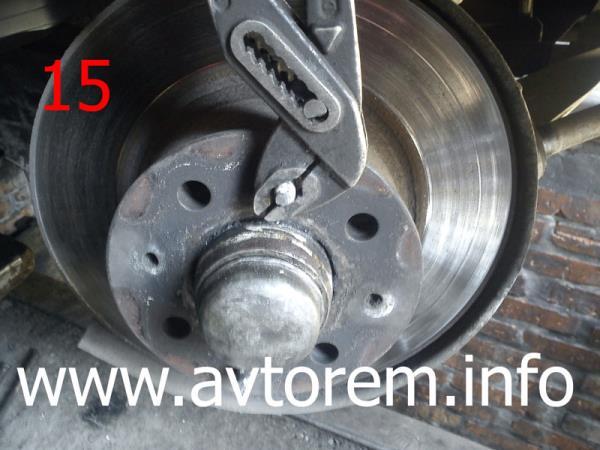 Как снять тормозной диск на автомобиле ваз 2107