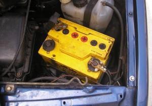Фото проверки клемм аккумулятора ВАЗ 2109, rusauto.net