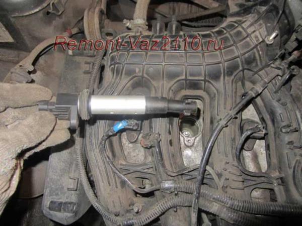замена катушки зажигания на ВАЗ 2110-2112 с 16 клапанным мотором