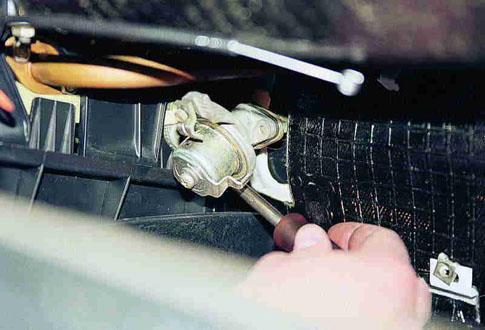 замена крана отопителя ваз 2107
