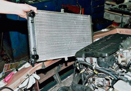 Снимаем радиатор охлаждения на ВАЗ 2108, 2109, 21099