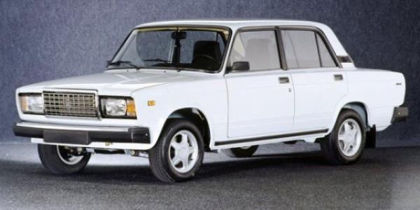 Автомобиль ВАЗ 2107