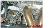 крепления кронштейна подводящей трубы насоса охлаждающей жидкости к шпильке ГБЦ приоры