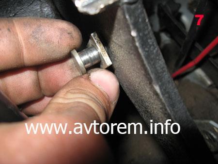 Порядок снятия вакуумного усилителя педали тормоза на автомобиле ВАЗ 2108, ВАЗ 2109, ВАЗ 21099, ВАЗ 2110, ВАЗ 2113, ВАЗ 2114, ВАЗ 2115