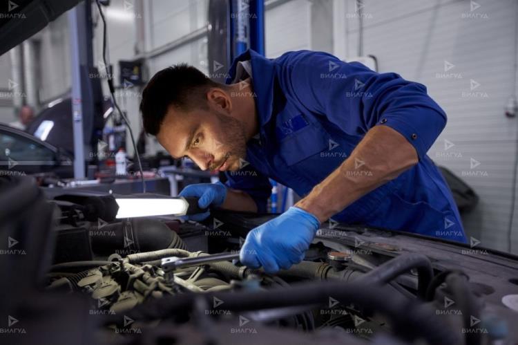 Ремонт двигателя Toyota Hilux в Тюмени