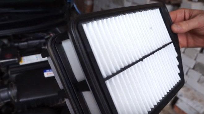 новый воздушный фильтр на хендай элантра
