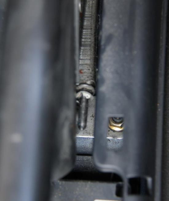 Детальный фотоотчет как заменить ручник в сборе на Форд Фьюжн