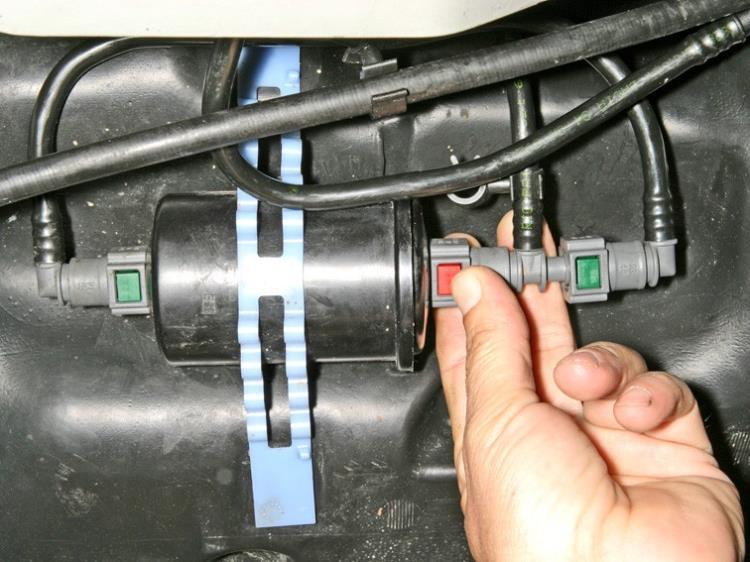 Фильтр топливного бака